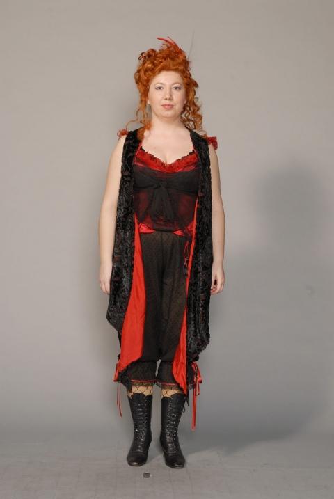 http://chantaldelacoste.com/files/gimgs/th-71_costume Louise8_v2.jpg